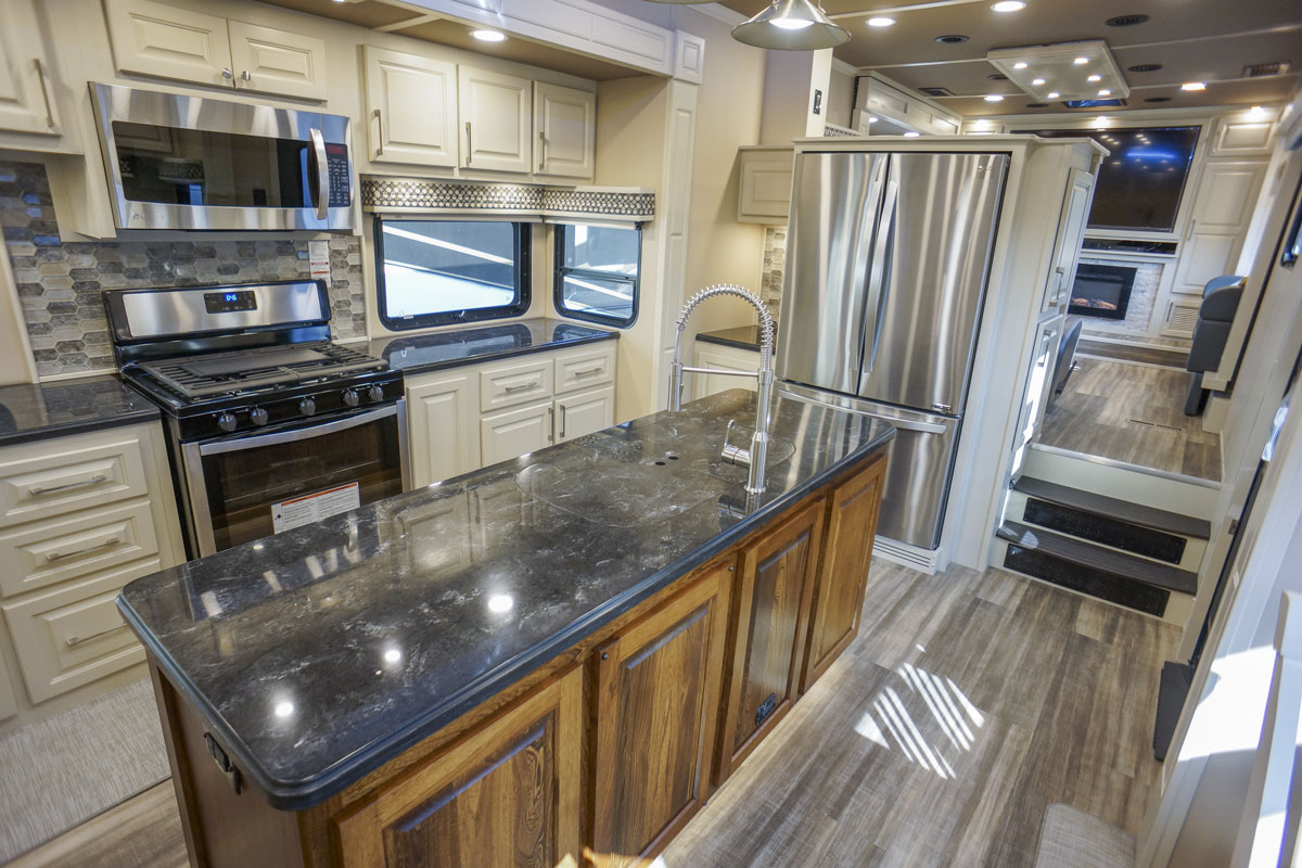 front living fifth wheel floor plan