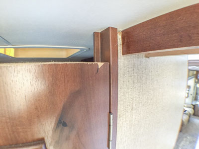 landmark fifth wheel doors